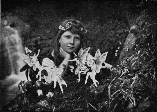 The first fairy photograph, featured in Conan Doyle's The Coming of the Fairies (1922) – Source